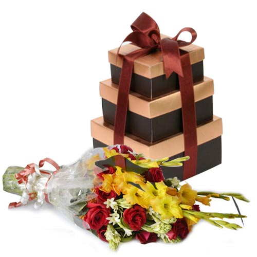 choco-tower-with-bouquet