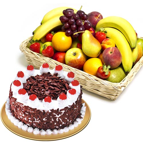 cake-with-fruits