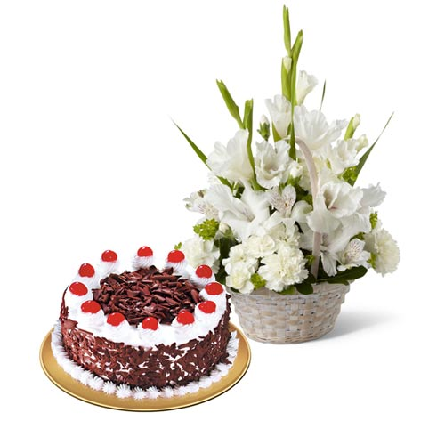 glads-basket-with-cake