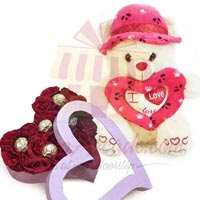 choc-rose-heart-with-teddy