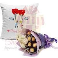 choc-teddy-bouquet-with-cushion