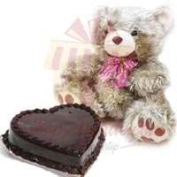 heart-cake-with-golden-teddy