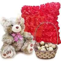 golden-teddy-with-chocs-cushion